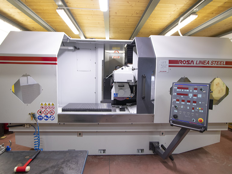 Rosa Linea Steel